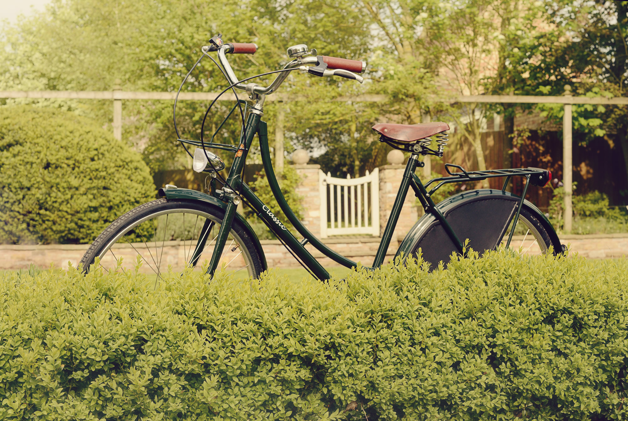 Traditional Classic Bicycles Ladies Royal Imperial